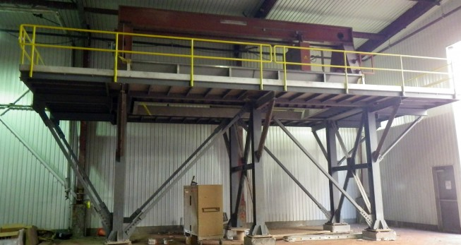 Structural steel support for filter press
