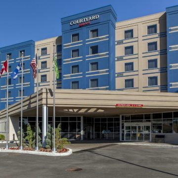 Hotel Courtyard by Marriott Montreal West